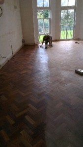 Topcoat going onto parquet floor