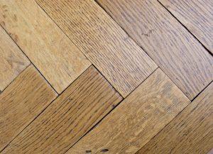 Oak close-up grain differences